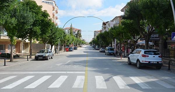Karaman sokakların'da LGS sessizliği. Karaman'lı yasaaa büyük oranda uyuyor