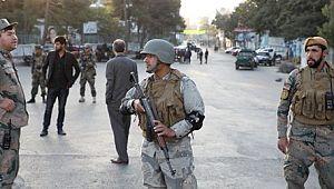 Afganistan'da cuma namazında hain saldırı: 63 ölü