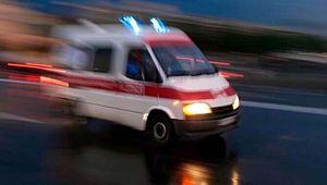 Elektrik direğine çarpan otomobildeki 3 arkadaş hayatını kaybetti