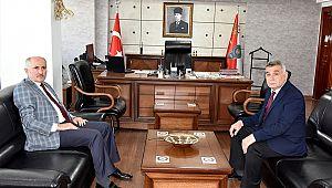 Karaman Valisi Meral Emniyet Müdürü Taş'ı ziyaret etti