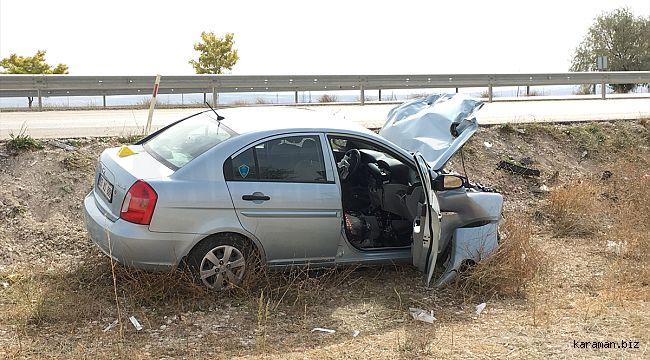Otomobil emniyet şeridindeki traktöre çarptı: 1 ölü, 3 yaralı