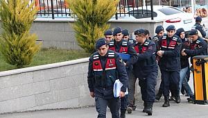 Karaman'da 7 köyde 21 hırsızlık yapan şebeke Jandarma'dan kaçamadı