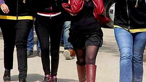 Antalya'da zorla fuhuş yaptırılan kadınları polis kurtardı, 4 şüpheli tutuklandı
