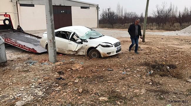 Ereğli'de otomobil elektrik direğine çarptı: 1 ağır, 4 yaralı