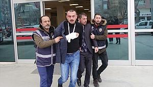 Konya'da silah ve bıçakla market soymaya çalışan 3 şüpheli yakalandı