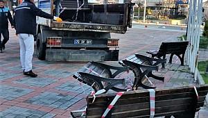 Karaman'da en son çare oturma bankları söküldü