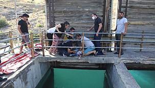 İvriz'de acı olay. Dualarımız sulama kanalına düşen Taha çocuk için. İnşallah sağlığına kavuşur.