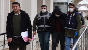 Konya'da pompalı tüfekle kayınpederi ve bacanağını öldüren zanlı, tutuklandı