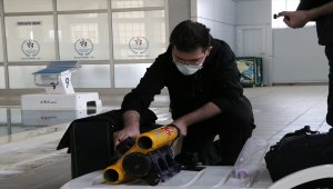 """Üniversite öğrencisi Niğde Teknopark'ta mini """"insansız su altı aracı"""" tasarladı"""