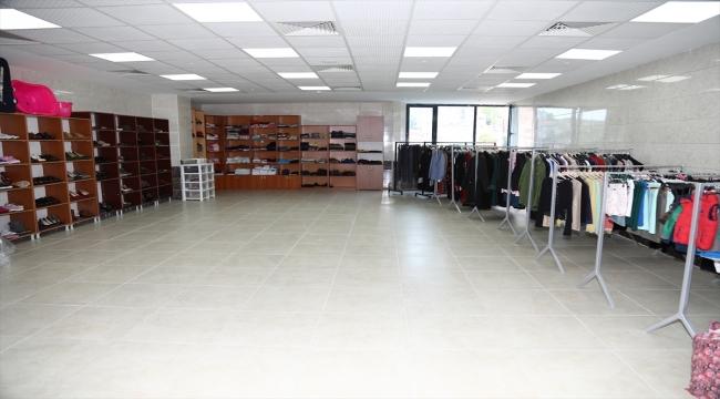 """Çubuk'ta """"Esenlik Şehri Hayır Çarşısı"""" açıldı"""