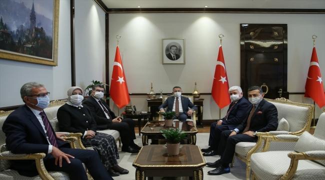 Cumhurbaşkanı Yardımcısı Oktay, TBMM-KKTC Parlamentolar Arası Dostluk Grubu heyetini kabul etti