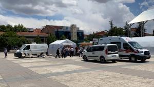 Kırşehir'de kent meydanına aşı seferberliği için çadır kuruldu
