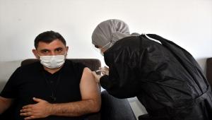 Yozgat, Kırıkkale, Sivas ve Kayseri'deki organize sanayi bölgelerinde mobil aşı uygulamasına başlandı