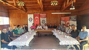 Özdemir, Memur Sen İl Temsilciliği binasında kentte görev yapan basın mensuplarıyla bir araya geldi