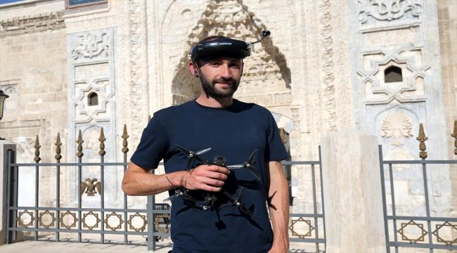 Sivas'ın tarihi eserleri Fransız drone pilotunu mest etti