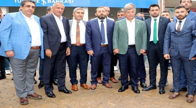 Gelecek Partisi Genel Başkanı Davutoğlu, Sivas'ta partisinin il başkanlığının açılışını yaptı