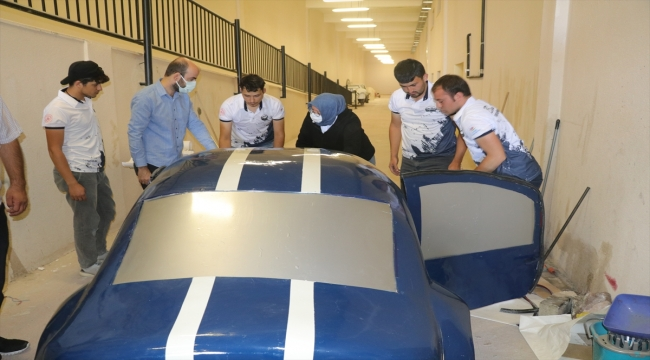 Yozgat Bozok Üniversitesi öğrencileri sürücüsüz elektrikli prototip araç tasarladı